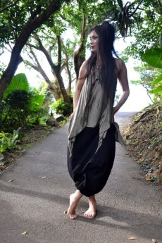 画像4: *Sale 40% OFF!!  ukA earth women Native pants - natural color  サルエルパンツ 3素材 3カラー (4)