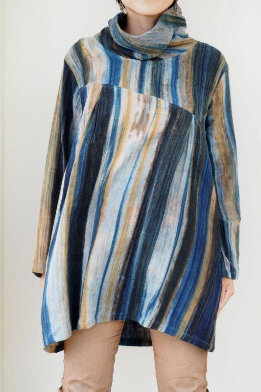 画像1: Sale 10%OFF! 手織り生地 loose blouse top 草木染め  UkajuuLセレクト (1)