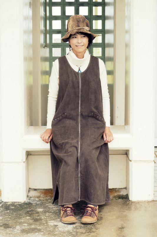 画像1: Sale 10% OFF!! ブラウンのみ!刺し子Loose long dress 草木染め 2カラー ukA earthセレクト (1)