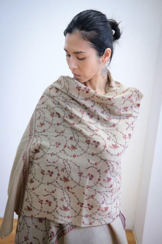 画像1: *ラスト1!40% OFF!!  カシミールショール ハンドメイド刺繍 cashmere scarfs embroidery Rainbow (1)