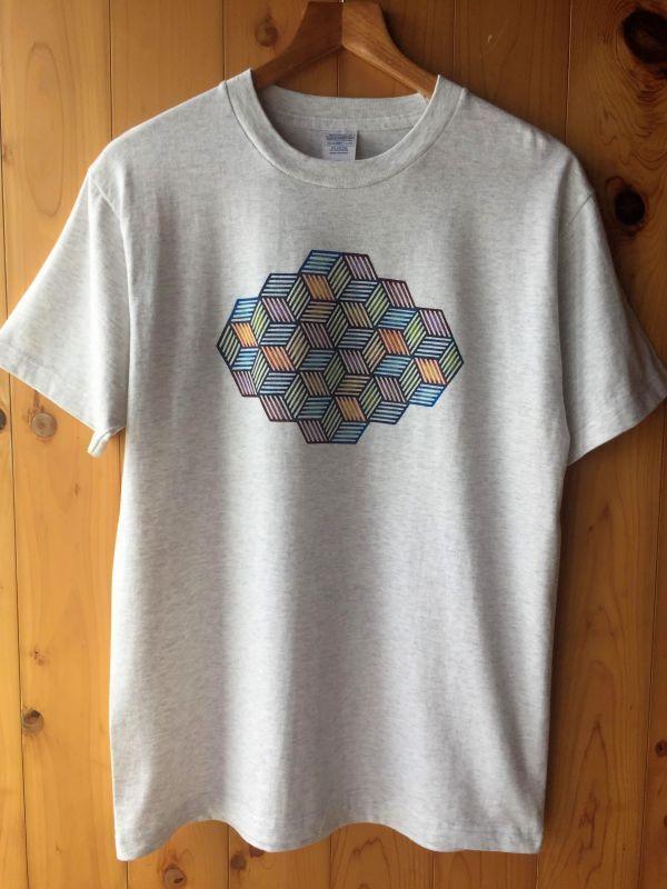 画像1: Sale 10%OFF! メンズ麻幾何学模様Tee 2カラー2サイズ 手染め琉球紅型 あさひや♪ (1)