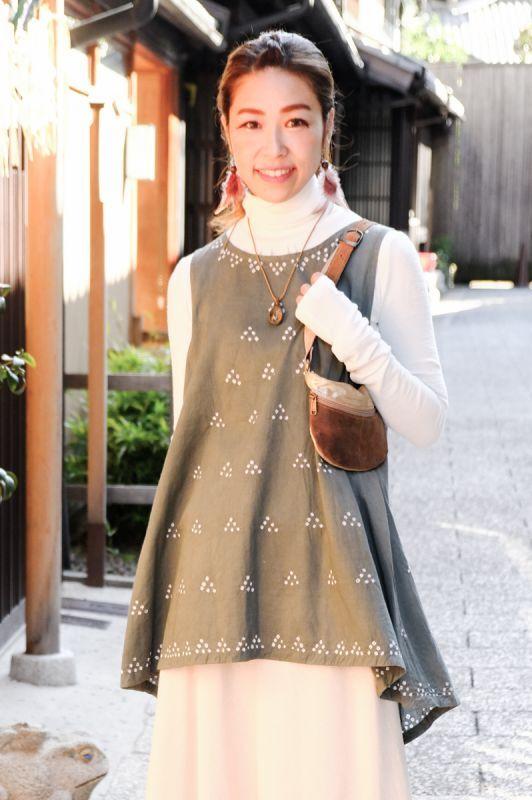 画像1: **草木染めバンダニ絞り染めタンクチュニック 3カラー NATSUMI-YA (1)