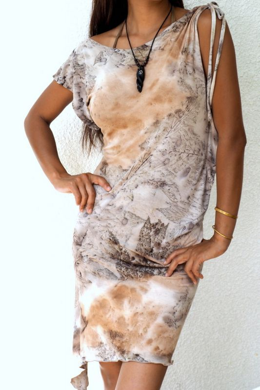画像1: *Sale 40% OFF!! Amazon Dress ~Greensteam dye~ HIKARI Green (1)